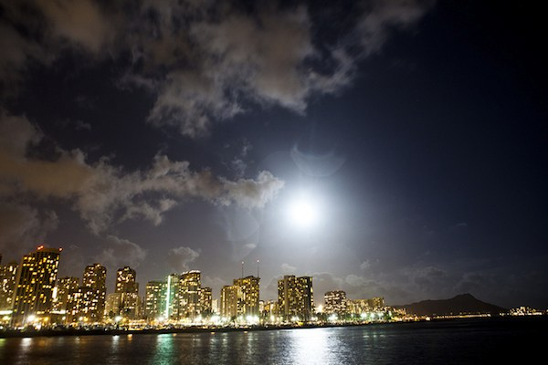 supermoon over Honolulu