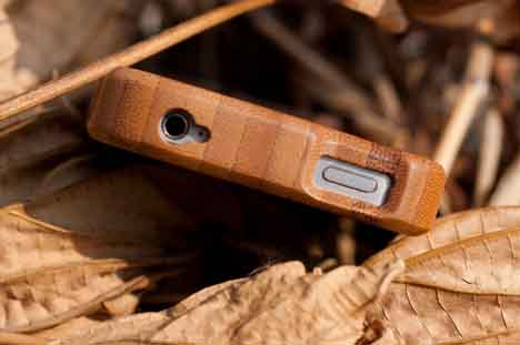 iPhone 4 bamboo case - top