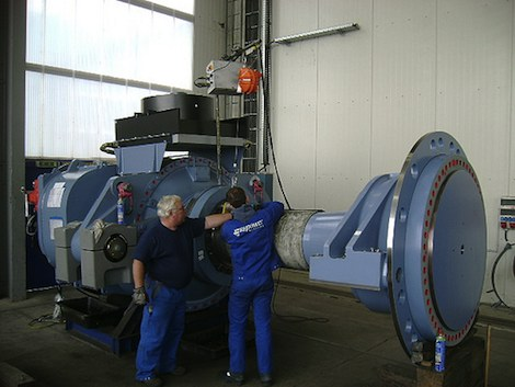 Wind turbine manufacturing