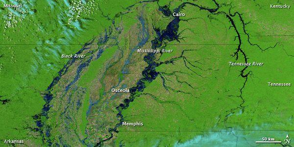 Mississippi River in flood - 2011
