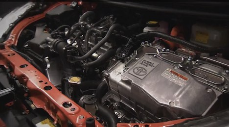 Toyota Prius Model C engine