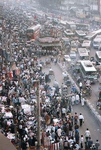 Crowded street – Dhaka