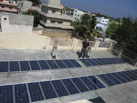 Rooftop solar array in Kuppam, India
