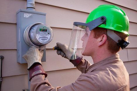 Installing a smart meter