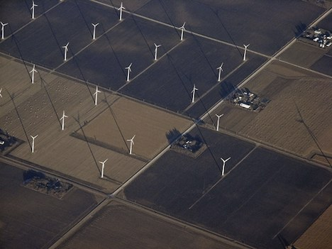 Wind turbines on US Midwest farmland