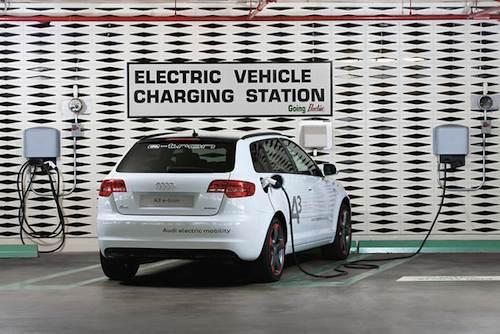 Audi A3 E-tron prototype - charging