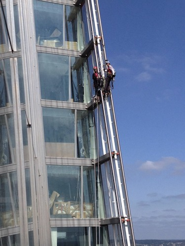 Shard climbers - halfway