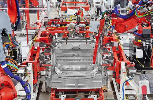 Tesla Factory – Body Center